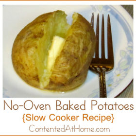 No-Oven Baked Potatoes {Slow Cooker Recipe}