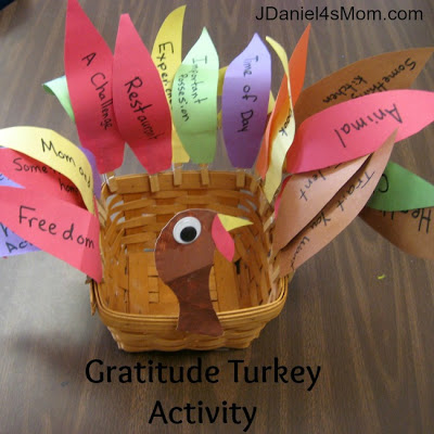 Gratitude Turkey from www.jdaniel4smom.com