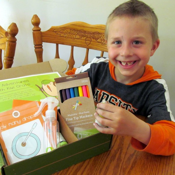 Wonders of Water, a kids' craft subscription from @kiwicrate